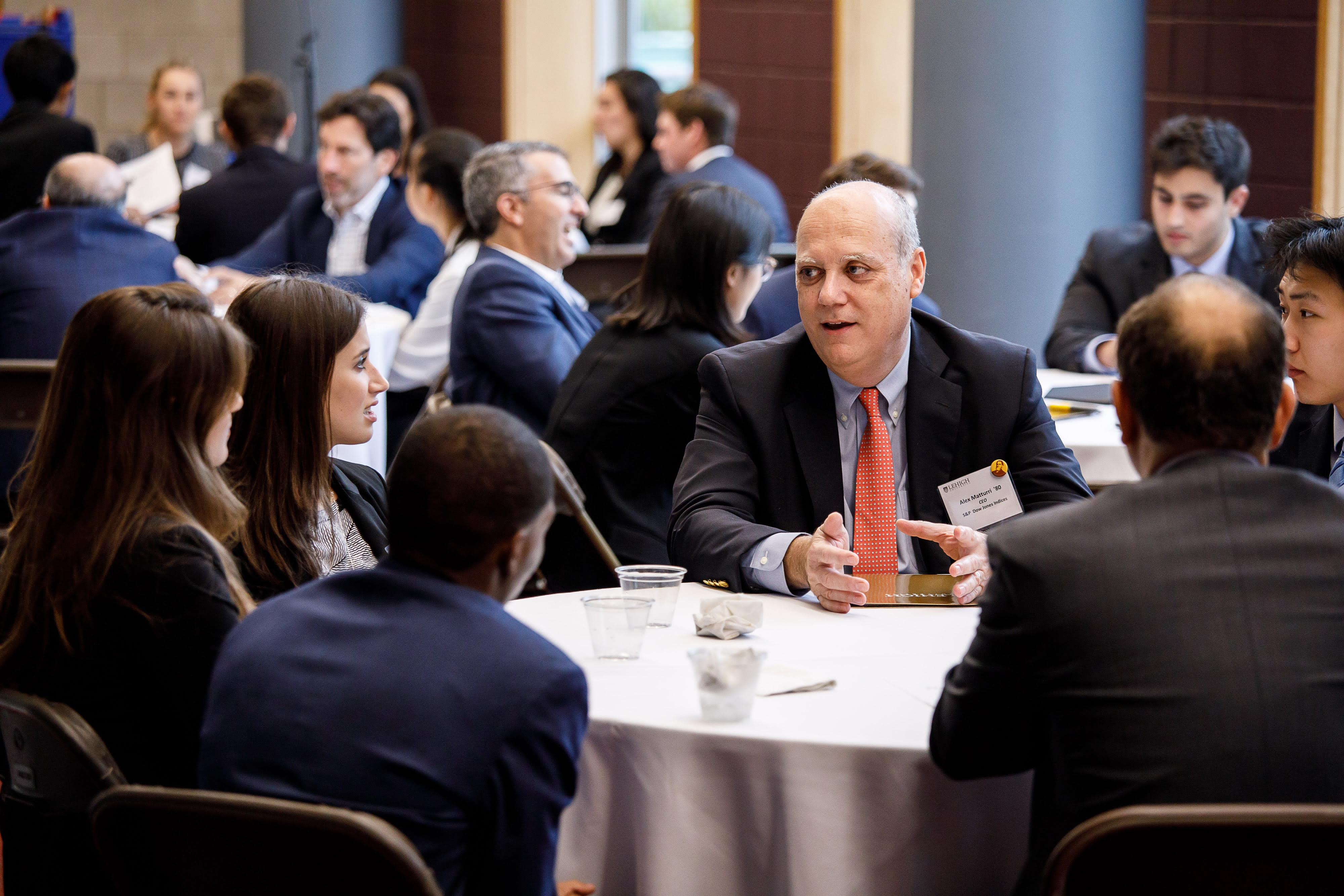Financial Services Forum Continues to Meet Students' Needs